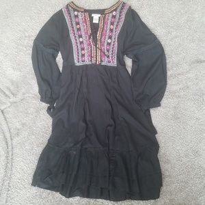Bohemian style minidress with colorful embroidery